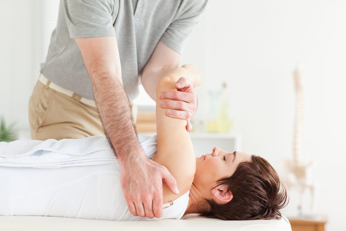 Chiropractic-care-mobility-1200x800.jpg